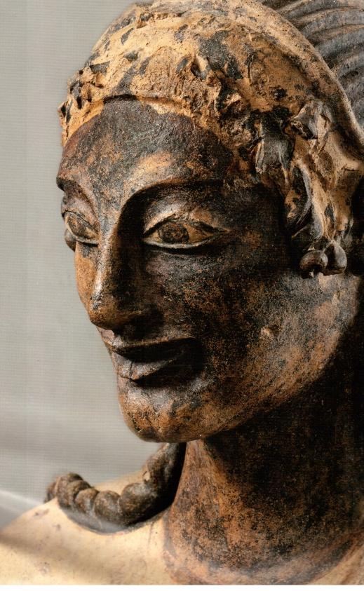 Particolare dell'Apollo di Veio proveniente dal santuario del Portonaccio