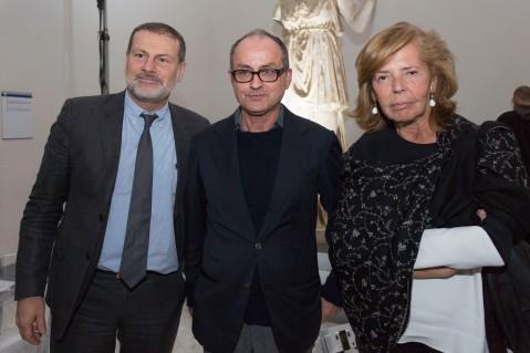Il soprintendente Massimo Osanna con il regista Pappi Corsicato e la presidente di Scabec, Patrizia Boldoni
