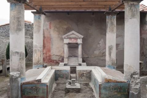 La domus dell'Efebo, una ricca dimora di mercanti