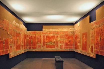 I meravigliosi affreschi del complesso di Moregine esposti alla Grande Palestra di Pompei