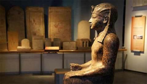 """Al museo Archeologico di Bologna la mostra """"Egitto. Splendore millenario"""" con i capolavori del museo di Leiden"""