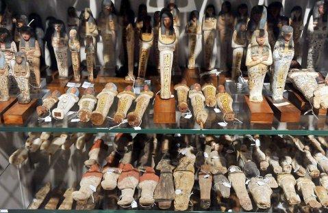 Le Gallerie della Cultura Materiale permettono un viaggio parallelo all'interno del museo Egizio di Torino