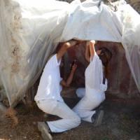 Sopralluogo dei restauratori sotto i teloni