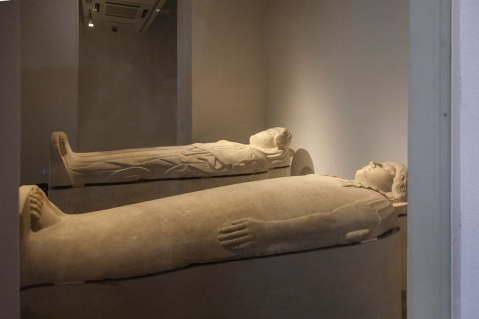 La nuova saletta dei sarcofagi fenici al museo archeologico Salinas di Palermo dedicata all'archeologo siriano Khaled Asaad