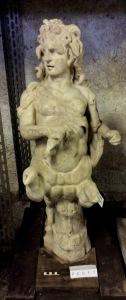La statua di centauro femmina trovata con altri tre nel portico della Villa A