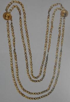 Una collana d'oro: in mostra i preziosi gioielli di Oplontis