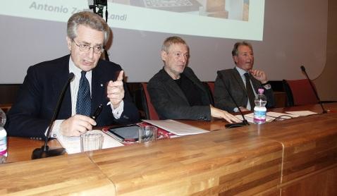 """Antonio Zanardi Landi a Tourisma illustra il progetto di Aquileia """"Archeologia ferita"""" (foto Valerio Ricciardi)"""