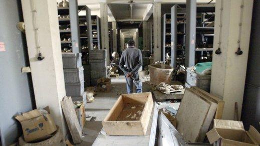 L'Iraq Museum di Baghdad dopo il saccheggio dell'aprile 2003