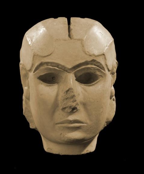 La dama di Warka (Uruk), eccezionale esempio di arte sumerica, scoperta nella campagna di scavo del 1938-'39