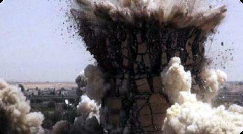 Nel gennaio 2015 i miliziani hanno distrutto una porta monumentale delle mura di Ninive, distruzione documentata da un video