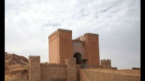 La monumentale porta di Nergal dell'antica Ninive, capitale neoassira di Sennacherib