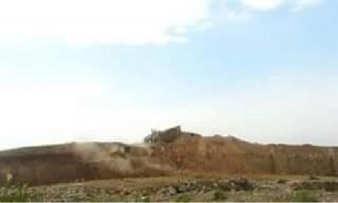 Una delle immagini pubblicate sulla pagina Fb di Archeologia Viva: un cumulo di macerie al posto della porta di Nergal