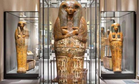 La sala dei sarcofagi al museo Egizio di Torino: si valuta di aprire una sede a Catania