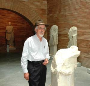 L'archeologo spagnolo Emilio Rodríguez Almeida