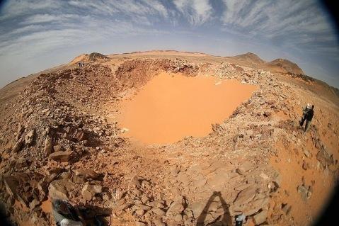 Kamil crater, scoperto nel 2010 nel deserto egiziano, esito dell'impatto di un meteorite