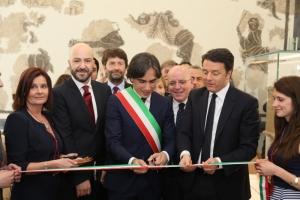 Il taglio del nastro del nuovo museo archeologico nazionale di Reggio Calabria alla presenza del premier Matteo Renzi