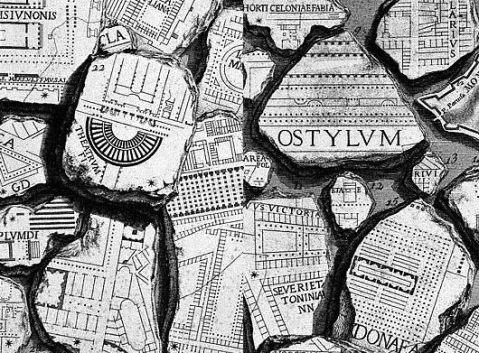 Frammenti della Forma Urbis, la pianta marmorea di epoca severiana. Se ne conservano 1186