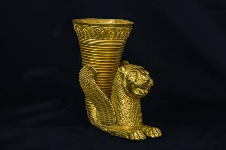 Rithon d'oro achemenide in mostra al museo Archeologico nazionale di Aquileia