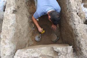 Lo scavo della soprintendenza di Pompei con l'Ècole Francaise de Rome, le Centre Jean Bérard e il Cnrs