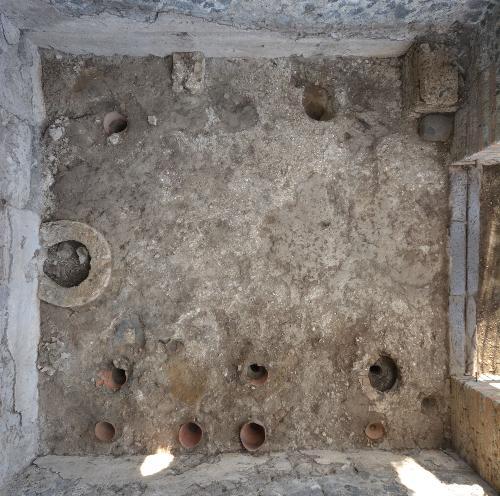 Una bottega di vasai nell'area della necropoli di porta Ercolano a Pompei