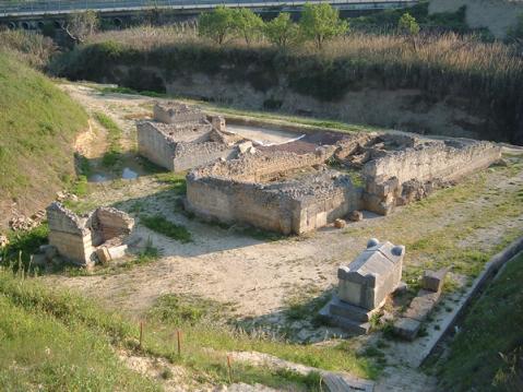 Le catacombe cristiane di Santa Sofia, vicino a Canose, le uniche presenti in Puglia