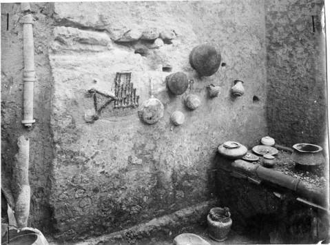 La foto d'archivio del 1916 che testimonia l'allestimento voluto dall'allora soprintendente Vittorio Spinazzola