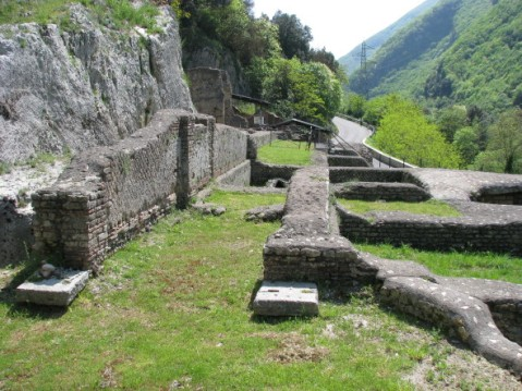 La villa di Nerone sorgeva attorno a tre laghetti artificiali su una superficie di 75 ettari