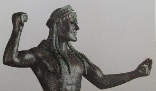 Lo Zeus di Ugento, uno dei capolavori della bronzistica classica: ora è stato restaurato