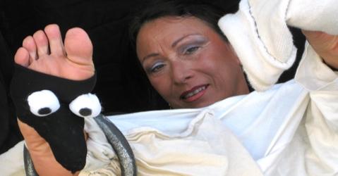 """Laura Kibel nello spettacolo """"Va dove ti porta il piede"""""""