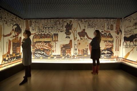 In mostra a Leiden la ricostruzione della stupenda tomba di Nefertari scoperta da Schiaparelli