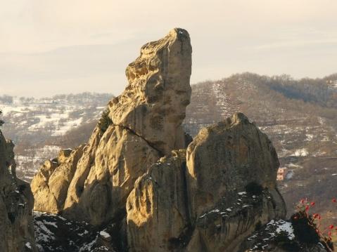 Il complesso megalitico di Petre de la Mola nel parco di Gallipoli Cognato nelle Piccole Dolomiti Lucane