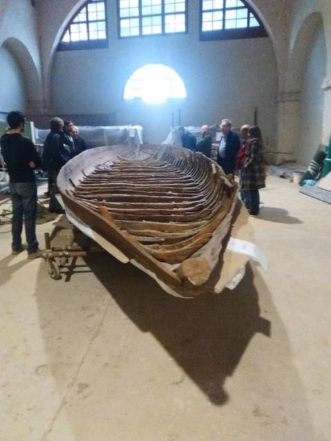 Le antiche navi romane trovate a San Rossore sono ospitate negli Arsenali medicei di Pisa
