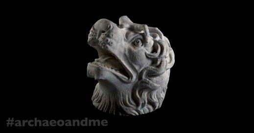 La testa di leone del gruppo Giustiniani: era esposta a Villa di Capo del Bove sulla via Appia
