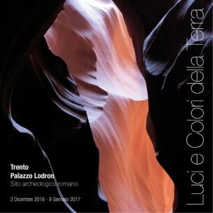 """Il manifesto della mostra """"Luci e colori della Terra"""" di Gianna Ossena"""
