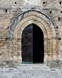 Portale della chiesa di san Francesco a Gerace