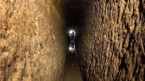 """Il tratto di acquedotto romano """"riscoperto"""" a Cupramontana, borgo in provincia di Ancona, nel cantiere del nuovo teatro comunale"""