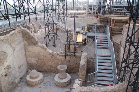 Apre per San valentino la preziosa domus dei Casti Amanti, un cantiere aperto tra impalcature e passerelle metalliche