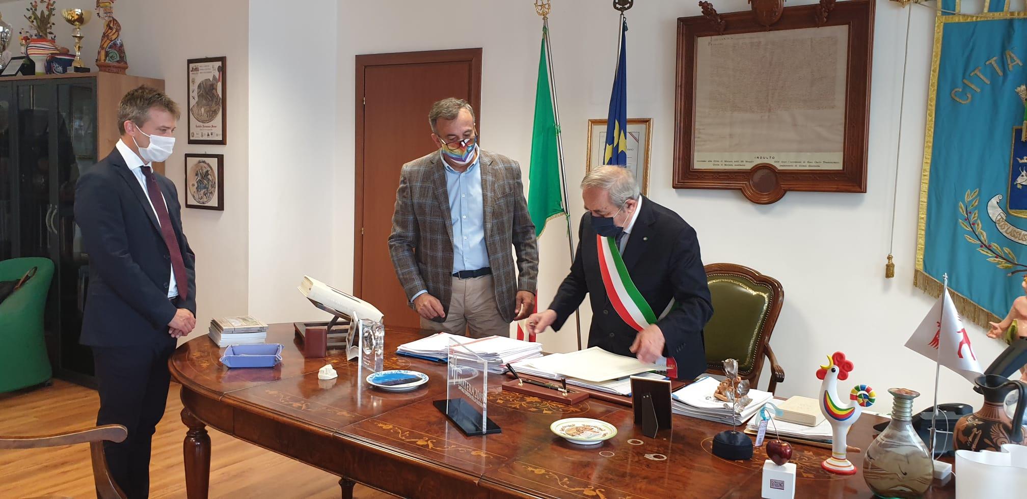 paestum_Conferimento cittadinanza italiana al direttore Zuchtriegel