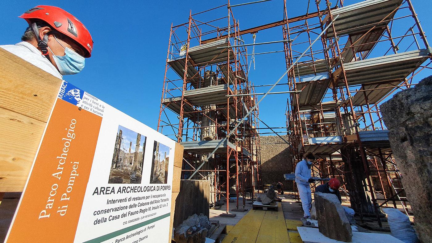 pompei_casa-del-fauno_cantiere-restauro_atrio-secondario_foto-parco-archeologico-di-pompei