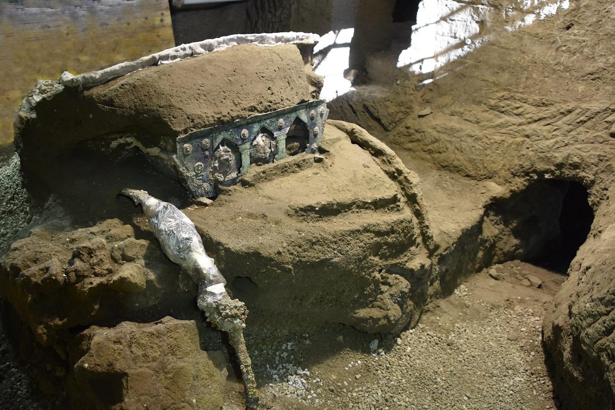 civita-giuliana_Carro-da-parata_ foto-parco-archeologico-di-Pompei