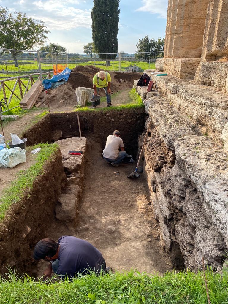 paestum_scavi al tempio di Nettuno(1)_foto-pa-paeve