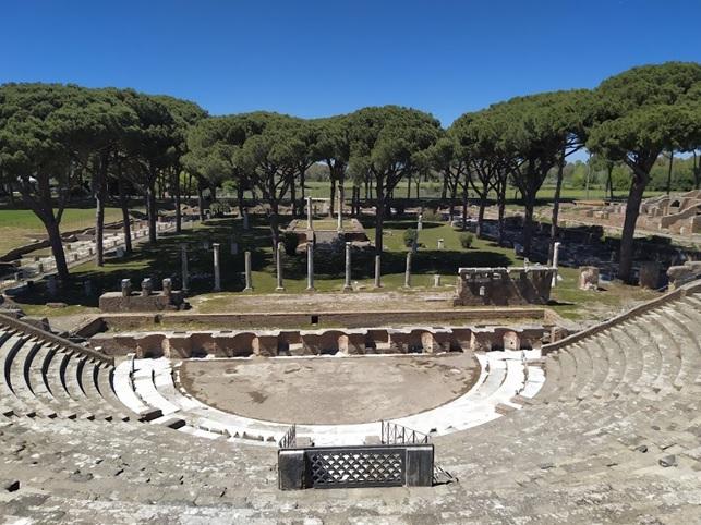 ostia-antica_parco_teatro-antico_foto-parco-ostia-antica