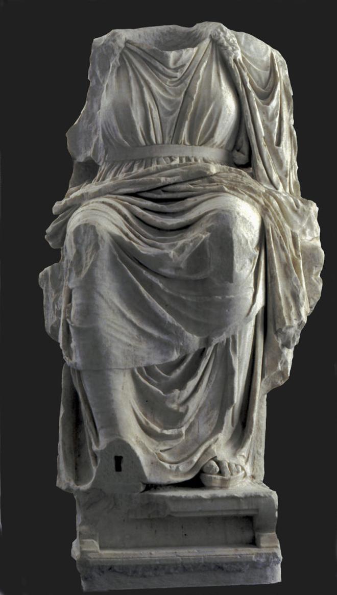 roma_museo-palatino_statua-dea-cibele_foto-PArCo