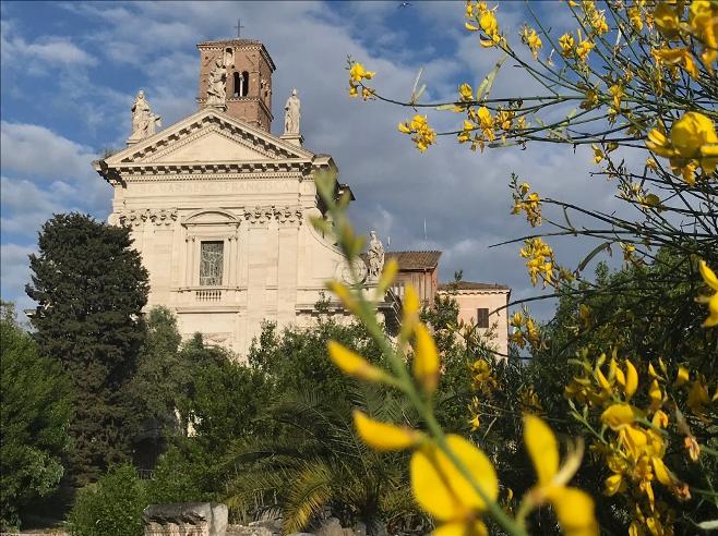 roma_santa-francesca-romana_facciata-da-via-sacra_foto-PArCo