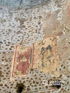 cisterna-di-latina_ninfa_santa-maria-maggiore_affreschi-abside_foto-giardino-di-ninfa