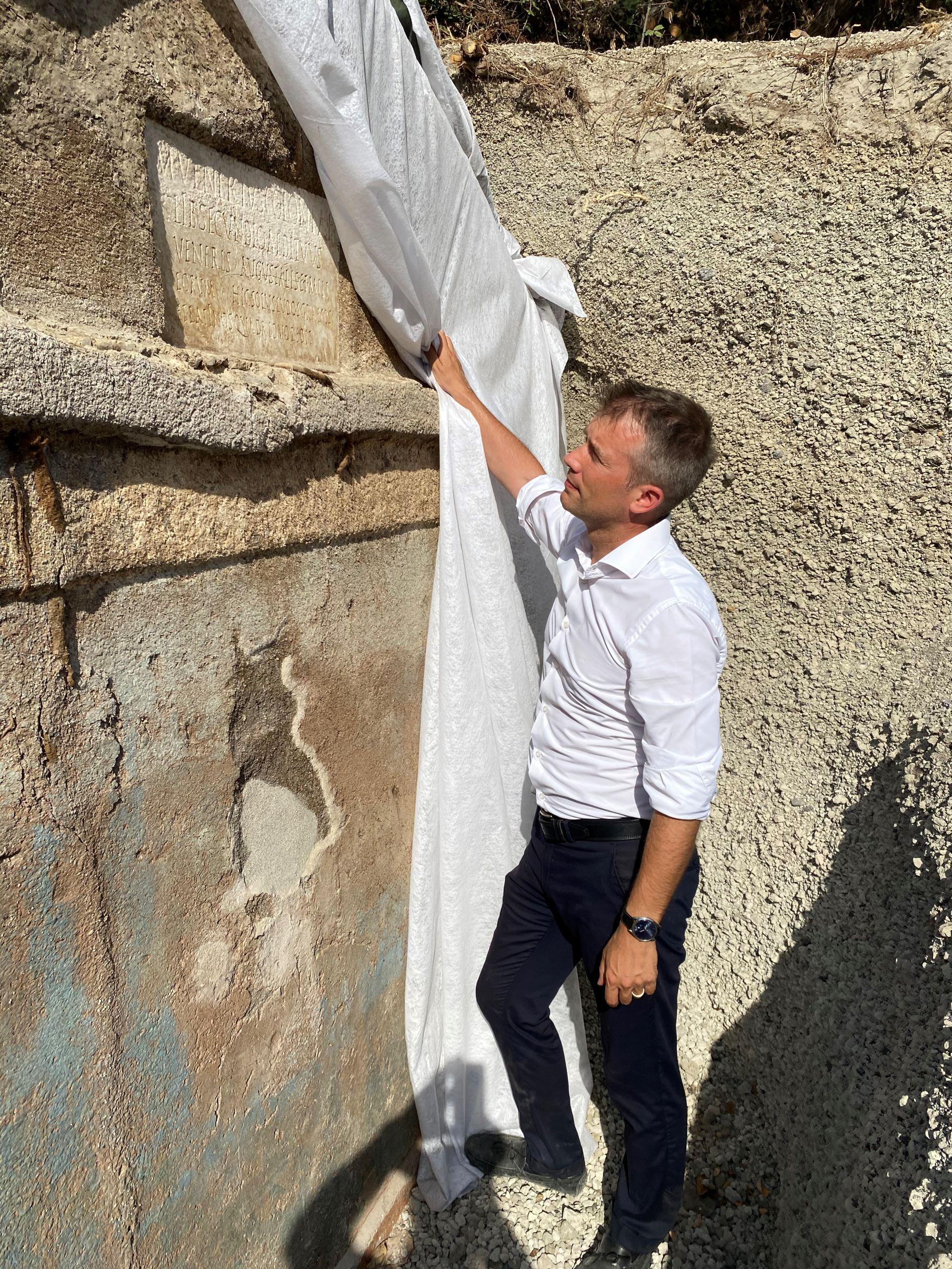 pompei_Tomba Porta Sarno_gabriel-zuchtriegel_foto-parco-archeologico-pompei